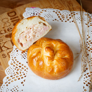 Пирожок ветчина/сыр