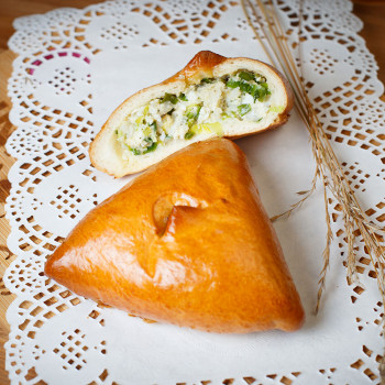 Пирожок лук/яйцо