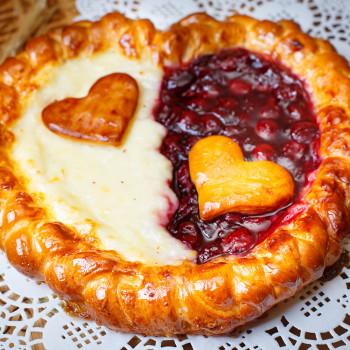 Пирог сладкий на твороге